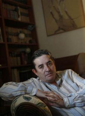 20081116200429-poeta-luis-garcia-montero.jpg