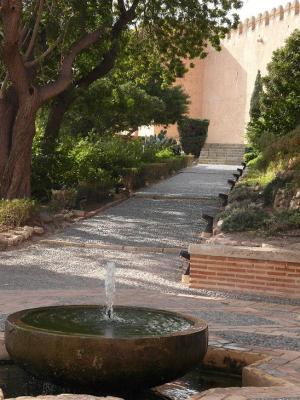 20121224123513-roquetas-de-mar-jardines143.jpg